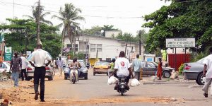 Straße in Lagos, Nigeria