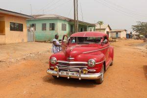 Auto nach erfolgreicher Reparatur der Organisation in Accra, Ghana