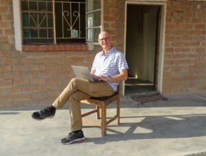 Unser Manager ohne Grenzen Manfred Klepacz in Mboole