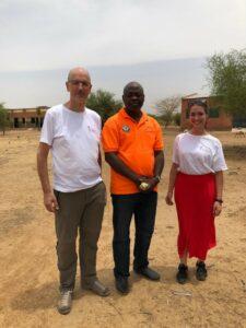 Manager Winfried Meier und Young Leaderin Lisa Jimenez im Einsatz in Burkina Faso 2019
