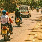 Motorradtaxis sind in Ostafrika weit verbreitet.